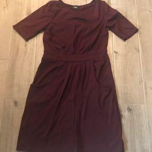 Dresses & Skirts - Plum Ponte pocket dress